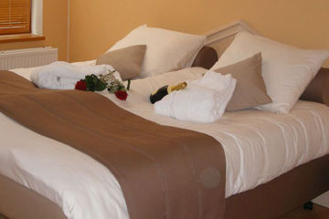 HOTEL LES 5 OURTHES Nadrin (Houffalize)